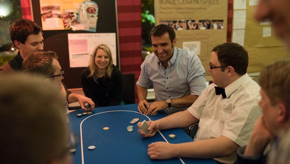 Stephan Kalhamer: Fünf Verhandlungstipps vom Poker-Profi