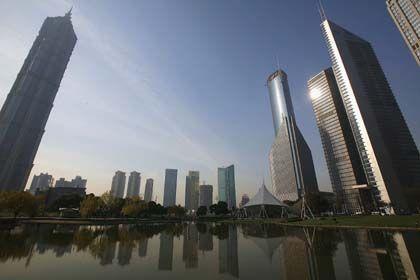 Steiles Wachstum: Bankenviertel Pudong in Shanghai