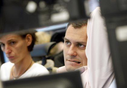 Albtraum: Kursstürze wie Anfang dieses Jahres können das Eigenkapital schnell dahinschmelzen lassen