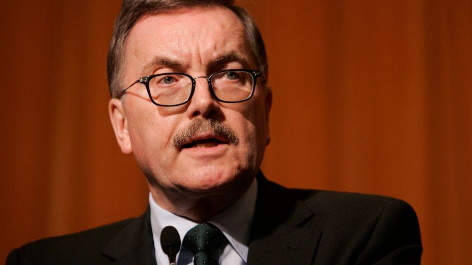 """Jürgen Stark: Nach dem Rücktritt von Bundesbank-Chef Axel Weber geht mit dem EZB-Chefvolkswirt ein weiterer """"Falke"""", der die Anleihenkäufe der EZB für falsch hält"""