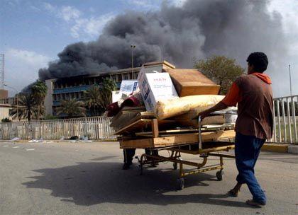 Ausnahmezustand: In Bagdad wird weiterhin geplündert