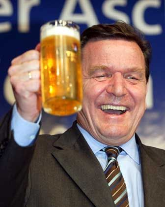 Bierfreund: Kanzler Gerhard Schröder