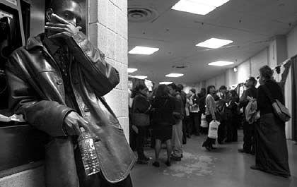 Erwerbslosenzahlen nach weltweit geltenden ILO-Standards: Arbeitsamt in den USA
