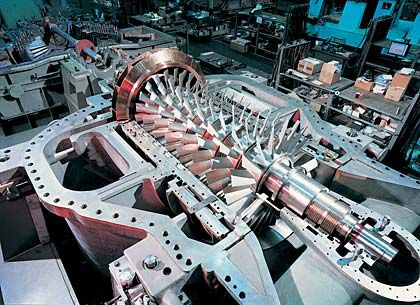 Turbomaschinen: Mit der Übernahme von Sulzer Turbo hat das Geschäftsfeld mittlerweile zwar ein größeres Volumen im Markt erobert, ist aber langfristig zu klein. Weitere Zukäufe müssten folgen. Marktstellung: 3. Platz Umsatz: 0,6 Milliarden Euro Kapitalrendite (ROCE): 12,4 Prozent