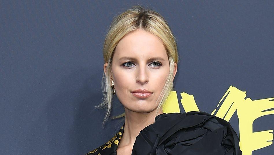 Mode für Investoren: Model Karolina Kurkova bei einer About-You-Show auf der Berliner Fashion Week