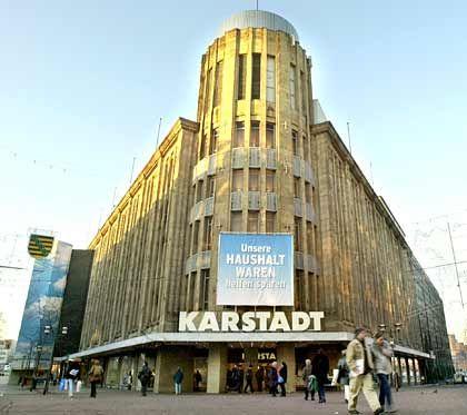Umsatzeinbruch nicht nur am Stammsitz: Filiale von Karstadt in Essen