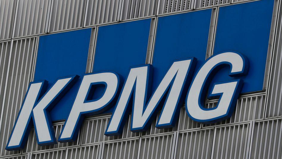 Gut zwei Wochen vor der Arcandor-Pleite kassierte KPMG noch ein Millionen-Honorar vom strauchelnden Karstadt-Mutterkonzern