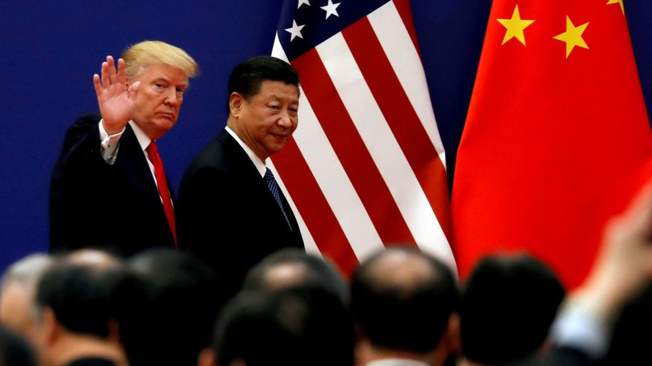 Trump, Xi Jinping (Archiv): Die US-Wirtschaft gerät durch den Zollstreit mit China immer stärker unter Druck. Der US-Präsident braucht dringend einen Handelsdeal mit Peking