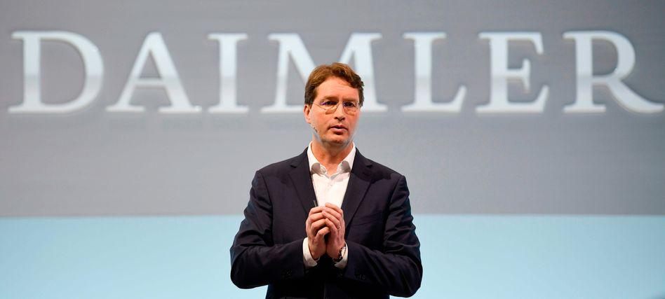 Ola Källenius übernahm Mitte Mai 2019 den CEO-Job von Dieter Zetsche. Insgesamt verdiente Källenius 2019 3,5 Millionen Euro, sein Vorgänger Zetsche kam auf 3,8 Millionen Euro