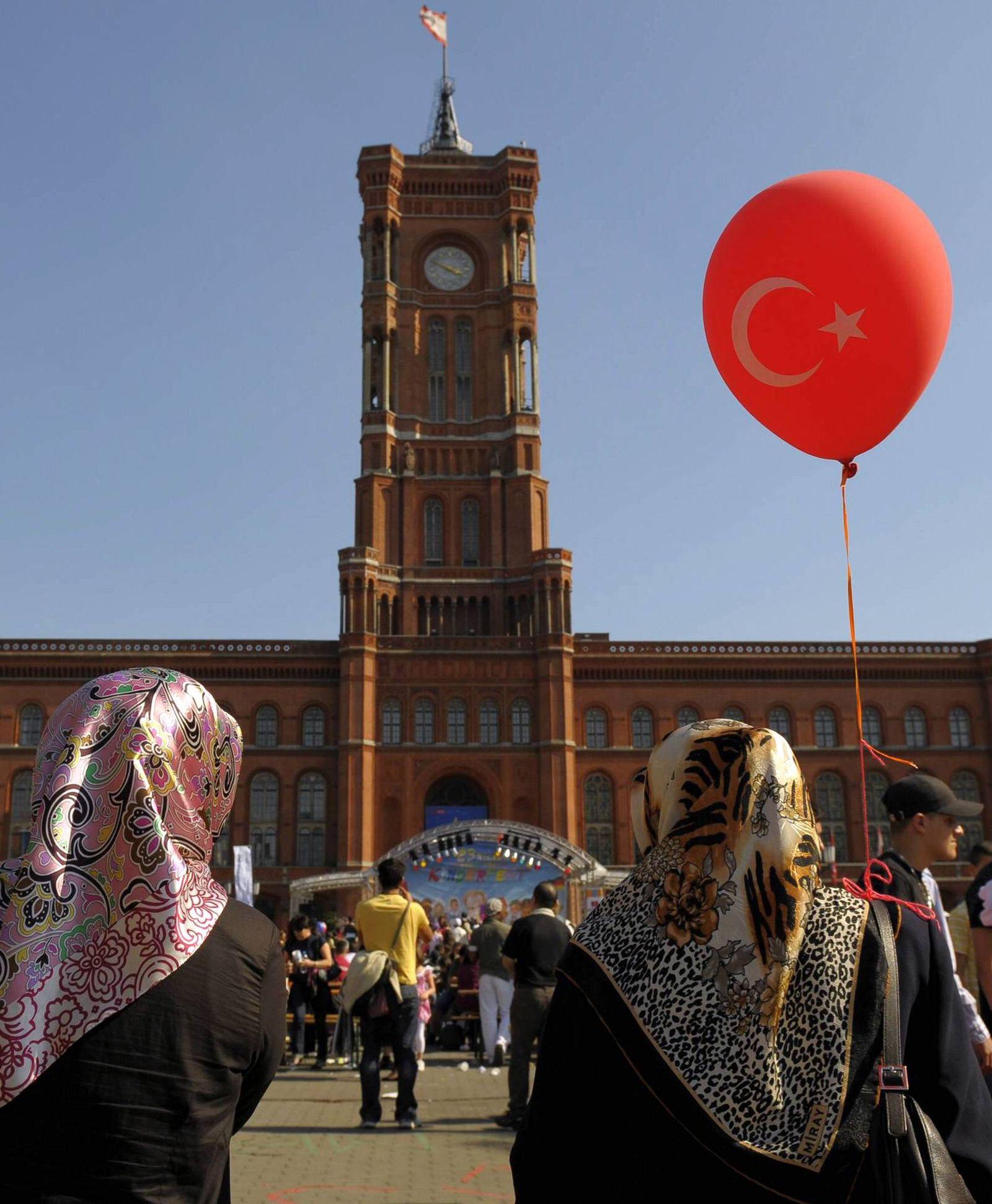 NICHT VERWENDEN Conservative Turkish people