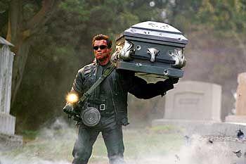 """""""Terminator 3 - Rebellion der Maschinen"""". Der Film ist dieses Jahr in den Kinos zu sehen. Nicht einmal von Fans gerade herbeigesehnt, handelt es sich um den wohl längsten Wahlwerbespot der amerikanischen Geschichte."""