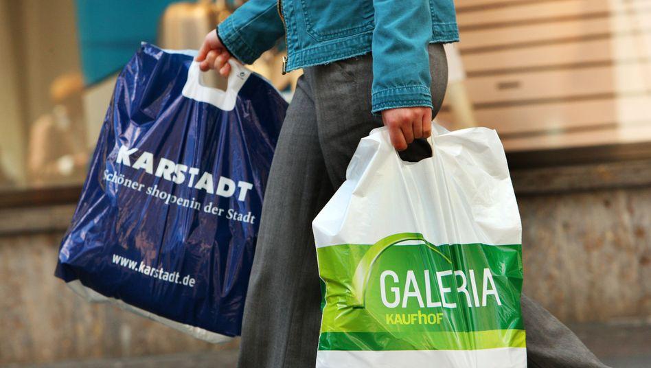 An sechs weiteren Standorten können die Karstadt-Kaufhof-Kunden auch künftig shoppen gehen