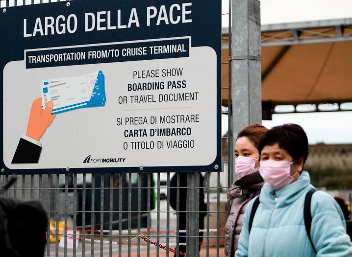 """Für die Passagiere der """"Costa Smeralda"""" geht die Reise nach 12 Stunden Ausgangssperre am Freitagabend wieder weiter"""