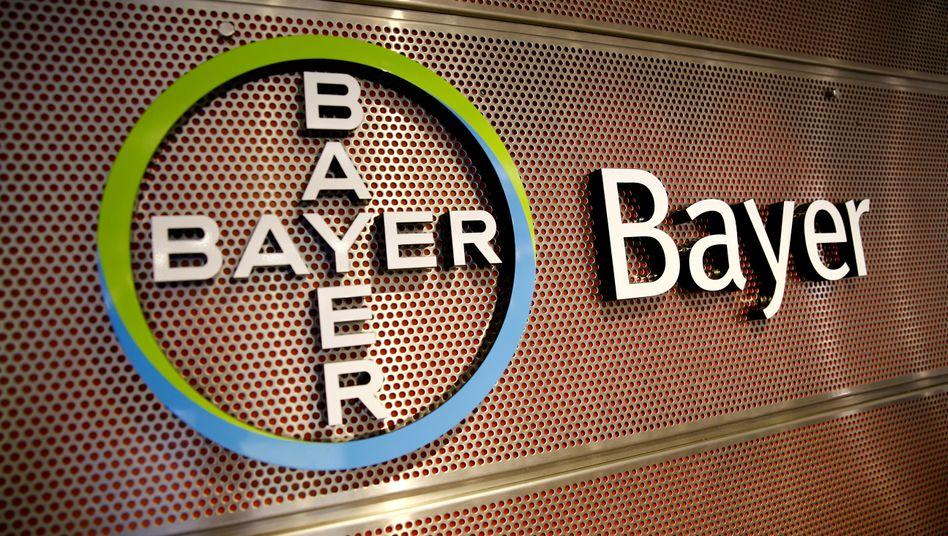 Bayer-Logo: Der Konzern verkauft seine Sparte mit Tiermedizin für knapp sieben Milliarden Euro