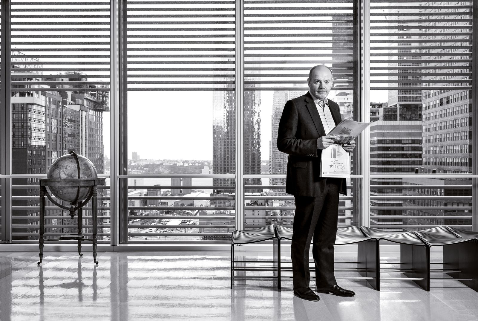 Harvard Business Review: Mark Thompson, New York Times CEO