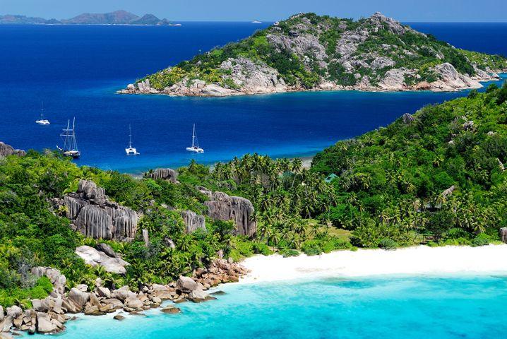 Die Seychellen bieten filmreife Strandkulissen - doch die Inselgruppe ist ein eher teures Reiseziel im Indischen Ozean.
