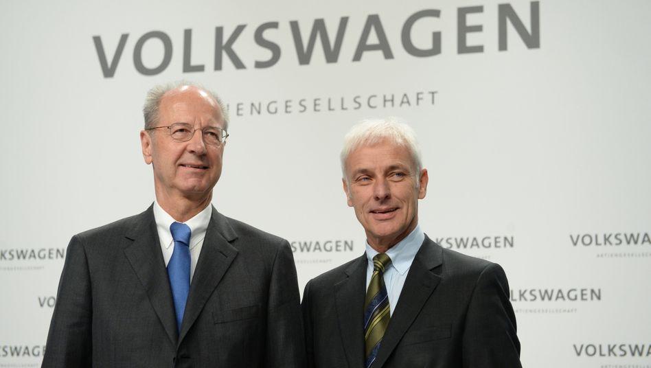 Marktmanipulations-Ermittlungen eingestellt: VW-Chefaufseher Hans Dieter Pötsch (links) und Ex-Vorstandschef Matthias Müller müssen die Staatsanwaltschaft Stuttgart nicht mehr fürchten
