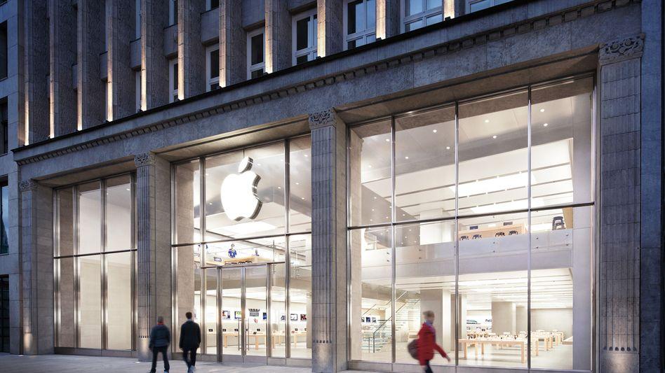 Apple Store in Hamburg: Apple ist ebenso wie Amazon, Starbucks und Fiat in den Blick der EU-Kommission geraten - die Steuergestaltung dieser international tätigen Konzerne gerät immer stärker in die Kritik