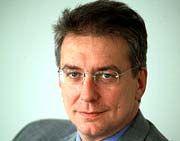 Jürgen Maidl Der 41-Jährige leitet die Zentrale Informationstechnologie der BMW Group. Unter seiner Verantwortung wird die IT-Strategie und -Architektur der BMW Group erarbeitet und umgesetzt. Maidl ist auch für die Erarbeitung und Umsetzung der übergreifenden E-Business-Strategie des Autokonzerns verantwortlich. Der studierte Elektrotechniker kam 1998 zur BMW Group. Zuvor war er für CAP Gemini Deutschland und Debis Systemhaus tätig.