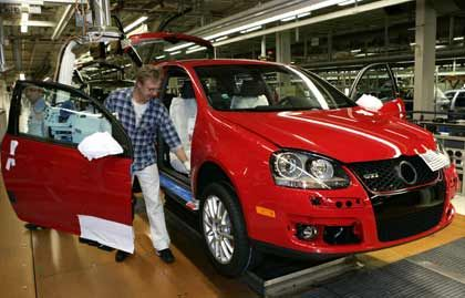 """""""Erhebliche Potenziale"""": Die Arbeitsabläufe bei VW sollen effizienter werden. Dazu soll ab August ein neues Produktionssystem beitragen."""