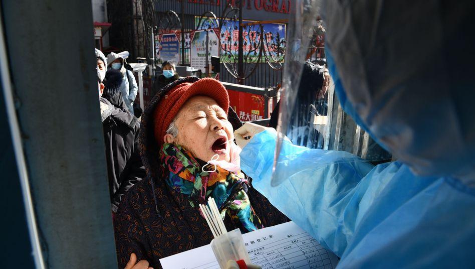Elf Millionen Einwohner werden getestet: Die Provinzhauptstadt Shijiazhuang, 300 Kilometer nordöstlich von Peking, ist besonders betroffen