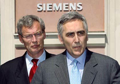 Erfolgreiche Suche:Siemens-Chefaufseher Cromme mit dem neuen Konzernchef Löscher