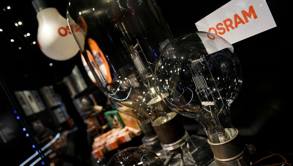 Logo von Osram: Der Lampenhersteller traut sich nun wieder eine Prognose zu - und die ist trotz der Corona-Krise gar nicht mal so schlecht