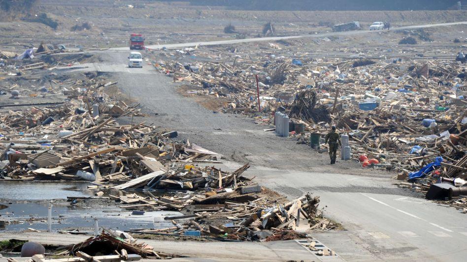 Zerstörungen nach dem Tsunami in Japan: Der starke Einbruch der Produktion bescherte Japan einen Einbruch des Bruttoinlandsprodukts.