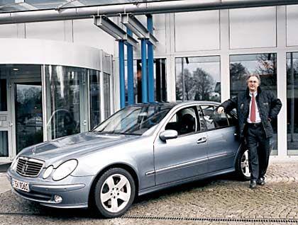 Schlag ins Kontor: Weinhändler Alexander Margaritoff brachte die hochgezüchtete Technik des Mercedes E 500 an ihre Grenzen