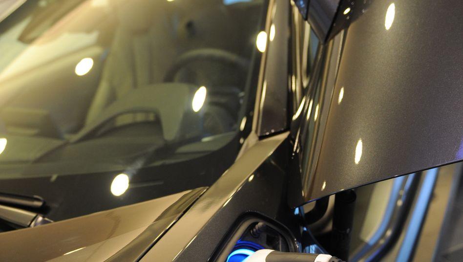 Infineon: Der Chiphersteller bringt sich als Zulieferer für Elektroauto-Hersteller in Stellung - und wird nun gebremst