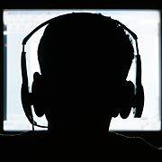 Legal oder Illegal? Die Zahl gesetzeswidriger Musik-Downloads nimmt wieder zu