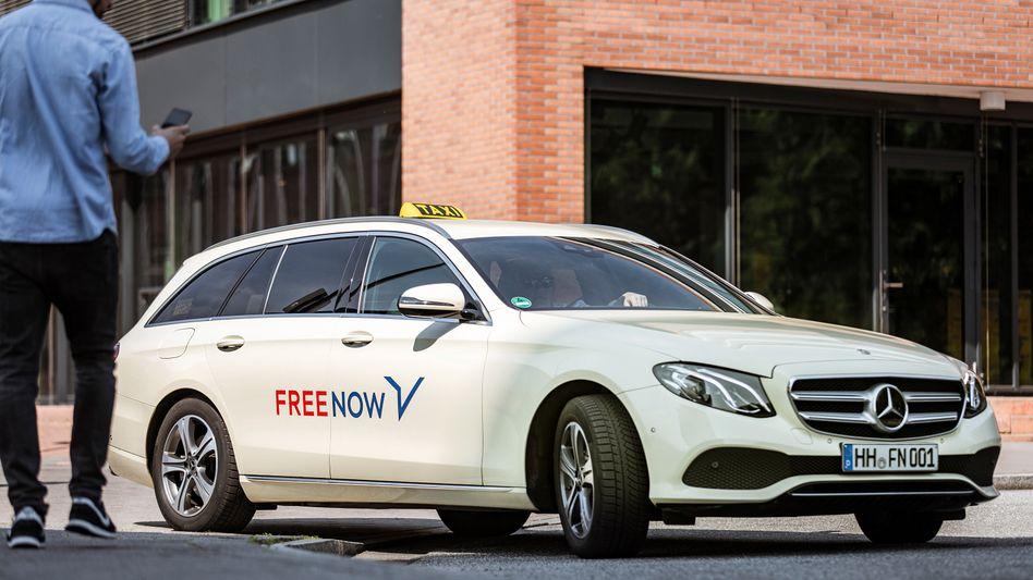 Vermittler: Über FreeNow können Kunden Taxis ordern.