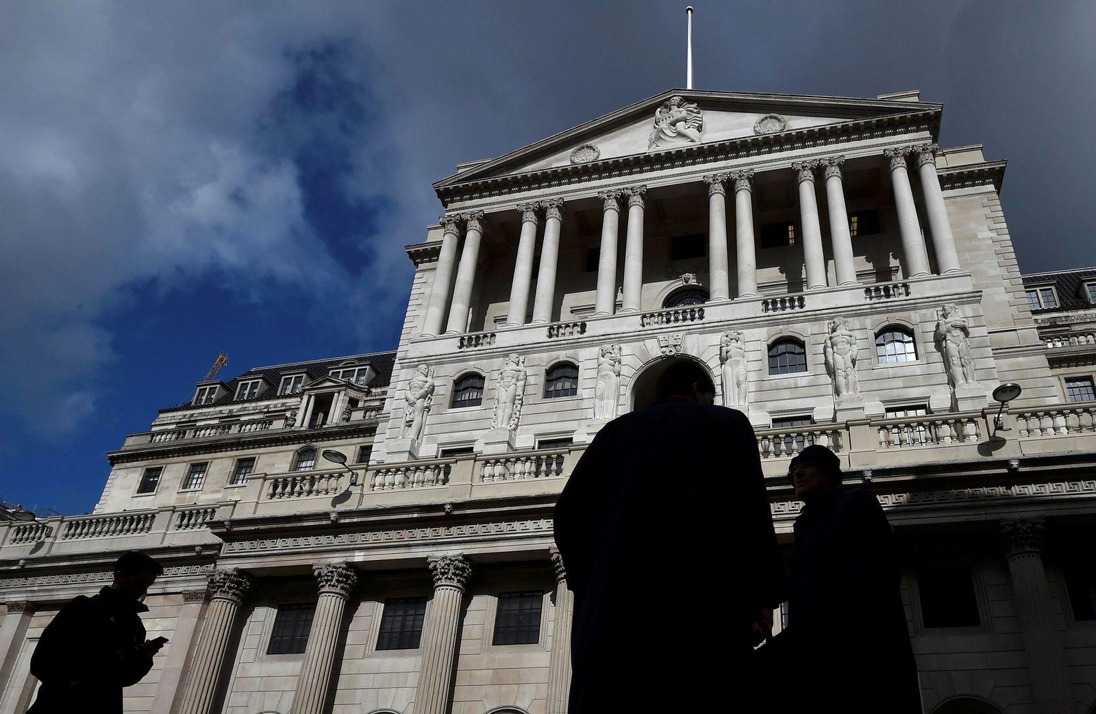 BRITAIN-EU/BANKS