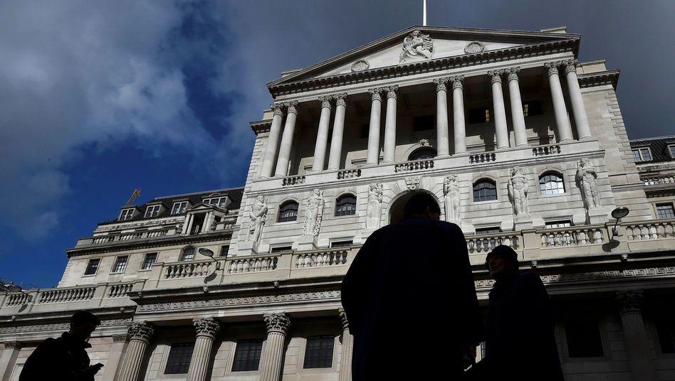 Dunkle Prognosen: Die Bank of England erwartet für das zweite Quartal einen Einbruch der britischen Wirtschaft um bis zu 30 Prozent und eine Verdoppelung der Arbeitslosenquote.