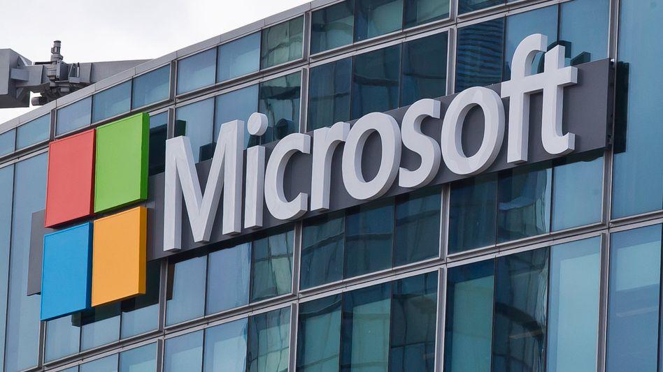 Harter Wettbewerb: Microsoft wehrt sich gegen die Vergabe eines milliardenschweren US-Regierungsauftrags an Amazon