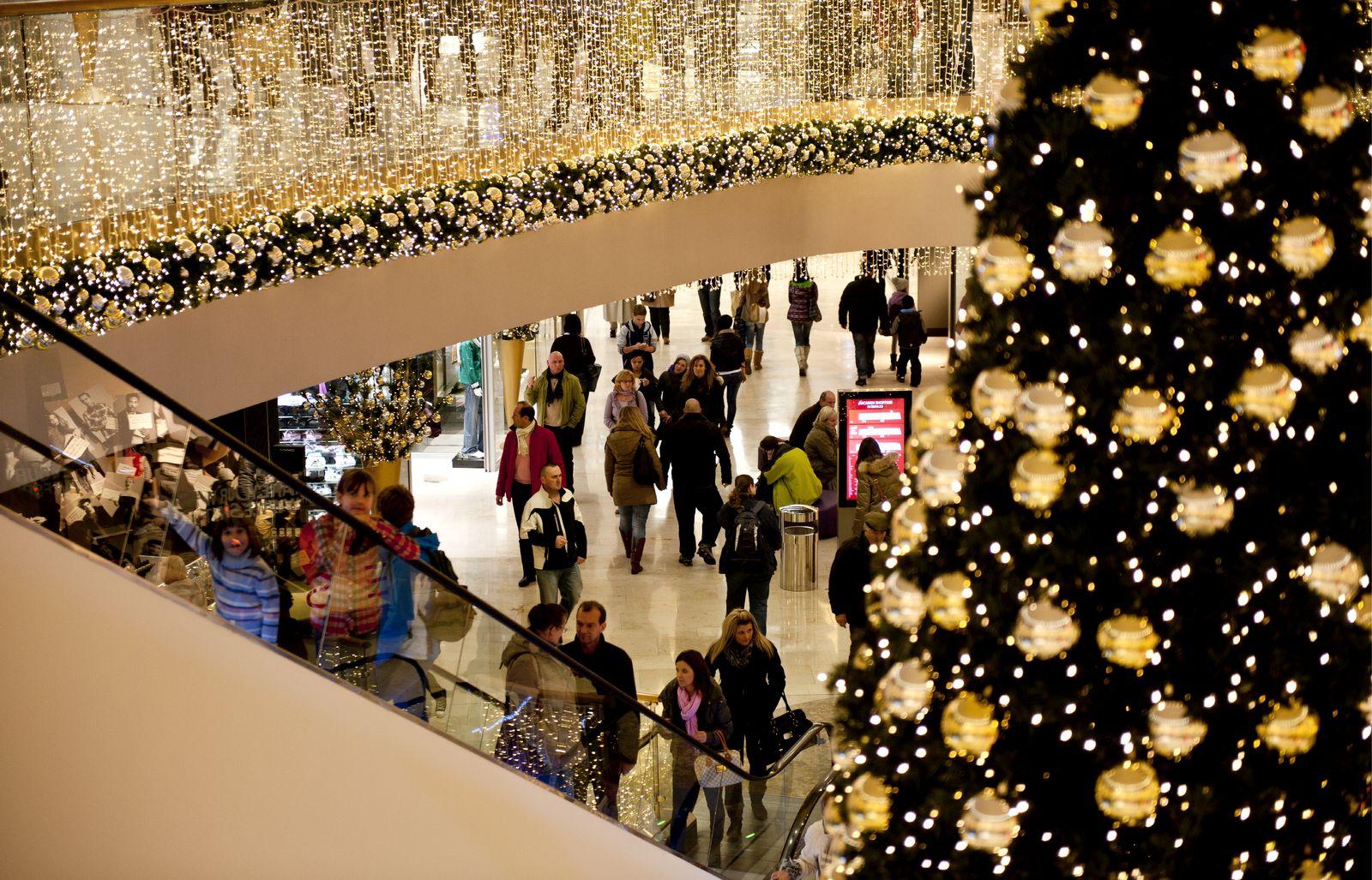 NICHT VERWENDEN Konsum/ Einkaufszentrum