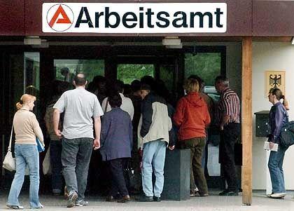 Mehr Arbeitslose, mehr Ein-Euro-Jobber: Arbeitsamt im sächsischen Borna