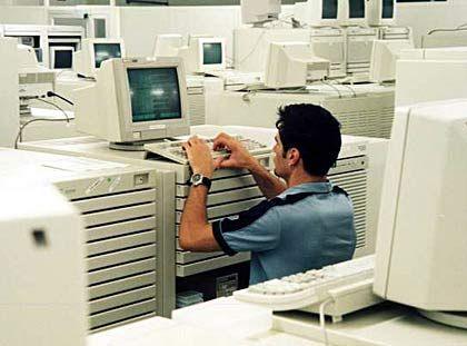 Vorteil Homogenität: Arbeiten Systeme mit unterschiedlichen Standards gegeneinander, entsteht eine IT-Infrastruktur, die insgesamt weniger wert ist als die Summe ihrer Teile.