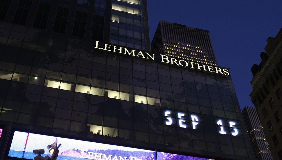 Kein Spaß: Zentrale von Lehman Brothers am 15. September 2008, dem Tag des jüngsten Weltfinanzbebens. Die BIZ warnt erneut vor Gefahr.