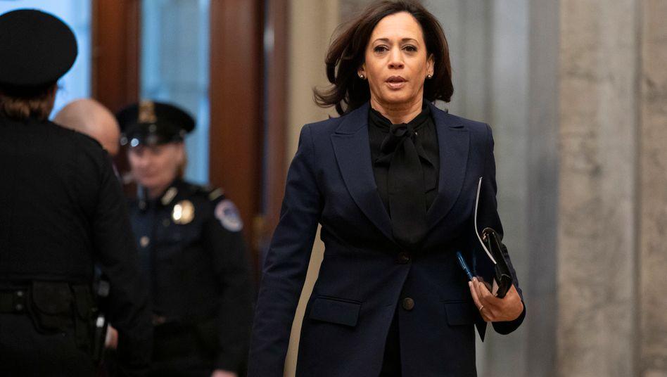 """Kamala Harris (im Januar 2020): Biden nennt sie eine """"furchtlose Kämpferin"""""""