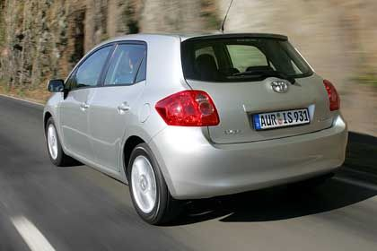 Toyota Auris: Für den Golf-Konkurrenten startete der Autokonzern die grö0te Plakatkampagne aller Zeiten in Deutschland