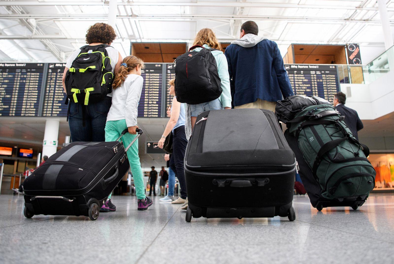 Urlaub / Familie / Flughafen