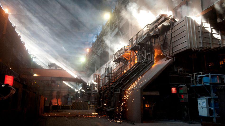 Stahlwerk der Salzgitter AG: Die Umsätze der deutschen Industrie sind rückläufig