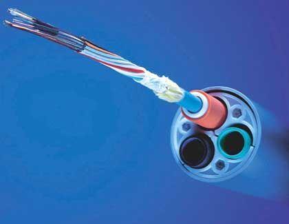 In den Datenleitungen droht der Stillstand: Glasfaserkabel