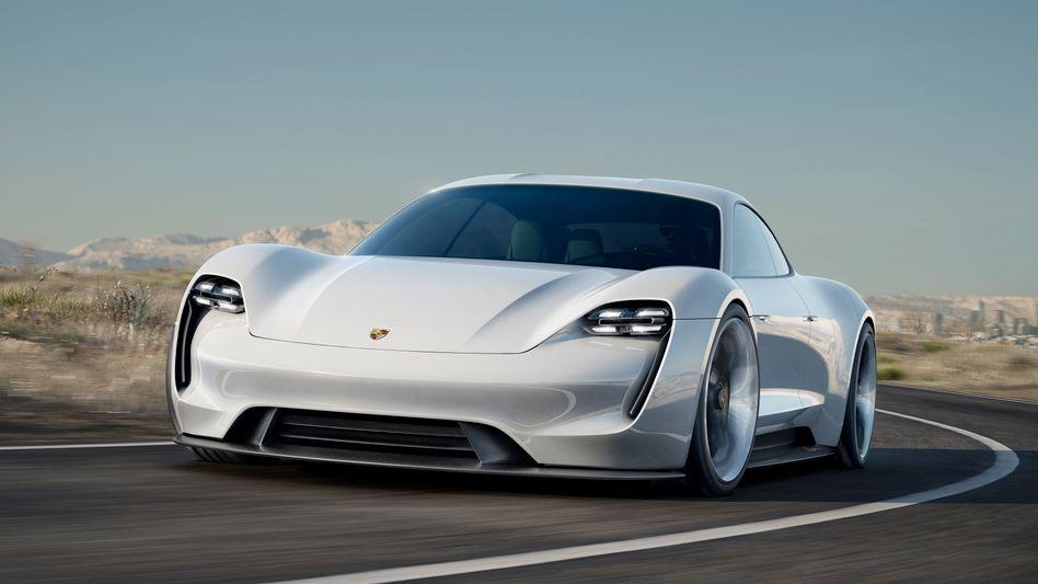 Porsche Mission E: Topingenieur Axel Hizinger wechselt zu Apple