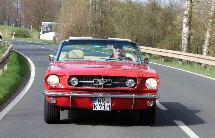 Lieblingsauto: Kaufen Sie sich den 64er Mustang nicht nur, fahren Sie ihn auch