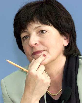 Ulla Schmidt: Die Gesundheitsministerin will die Allianz zurückpfeifen