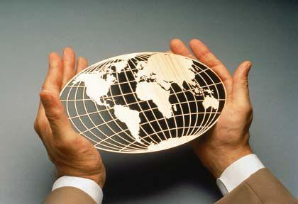 Ungebremst im Strudel der Finanzkrise: Wer rettet die Weltwirtschaft?