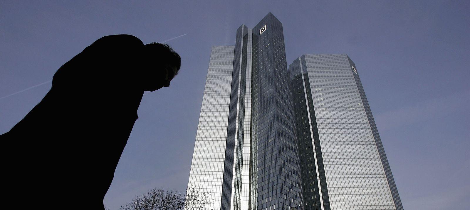 Deutsche Bank / Zentrale / Schattenfigur