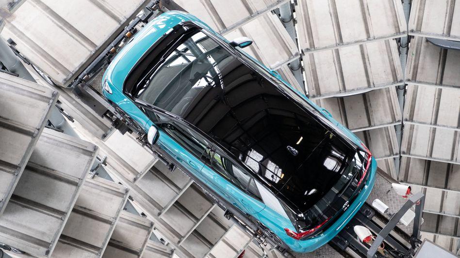 VW ID.3 im Auslieferungsturm der Autostadt in Wolfsburg